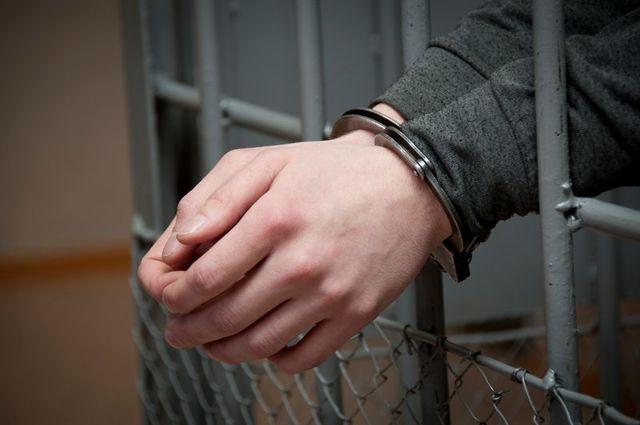 Сажают ли в тюрьму за неуплату алиментов, кто должен содержать ребенка, если отец в тюрьме