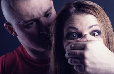 Интимные отношения с несовершеннолетней – ответственность по УК РФ, состав преступления