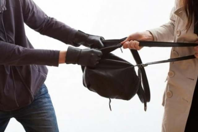 Грабеж: уголовная ответственность, меры наказания и способы привлечения