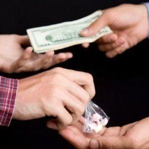 Сбыт наркотиков – статья по УК РФ, ответственность за преступление