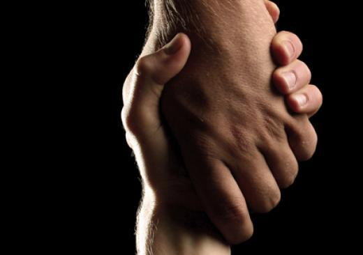 Шантаж самоубийством – что делать, если угрожают суицидом