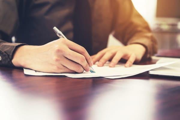 Заявление в полицию по факту мошенничества образец - куда подать заявление и какой порядок составления бланка, необходимый пакет документов