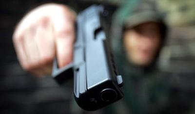 Принуждение к сделке в УК РФ, квалификация преступления и отличия от смежных составов