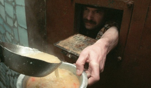 Питание в тюрьмах России: чем кормят в тюрьме и СИЗО?