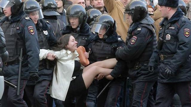 Время задержания в полиции, процедура задержания, требования к полицейским, права задержанного