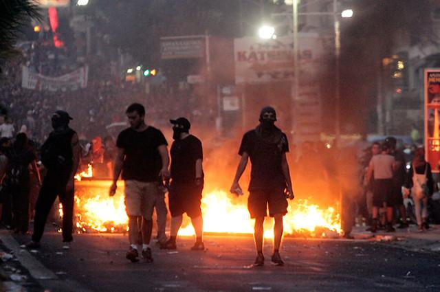 Призывы к массовым беспорядкам, наказание и предотвращение преступления